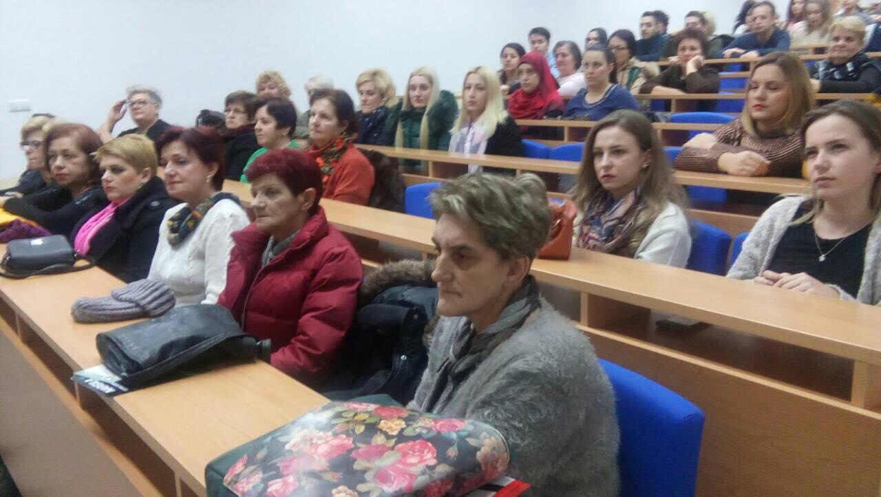 """U Travniku održana javna tribina """"Prevencija – šansa života"""""""