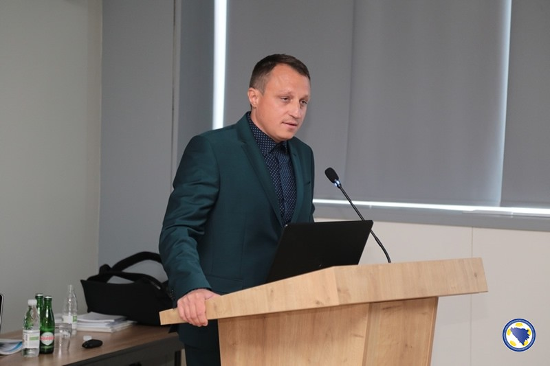 dr. Adnan Šatrović