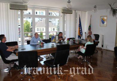 """Općina Travnik prepoznala vrijednost programa  """"Stariji brat, starija sestra"""""""
