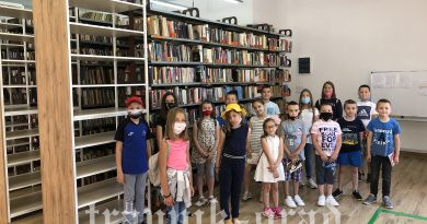 Divan poklon djeci od JU Gradske biblioteke Travnik